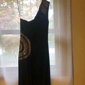 One shoulder black midi stress
